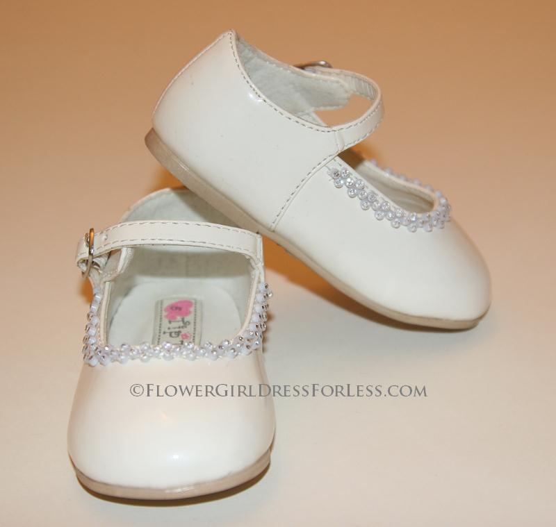 Fashion Trends Ivory Toddler Dress Shoe