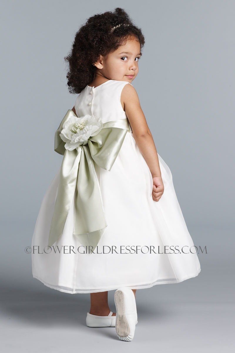 Ua 409 Dress Flower Style White Size 12mth Or Ivory 5 Us Angels Dresses For Less