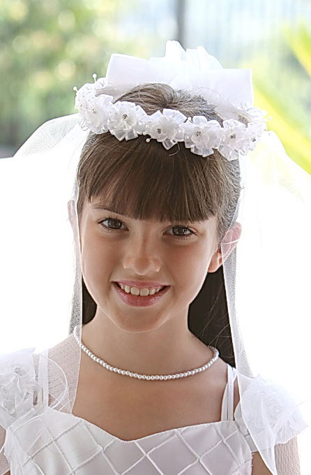 ag vl5979 - communion veil- style vl5979 floral headpiece with rhinestones and veil